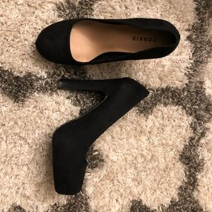 Torrid Black Pumps
